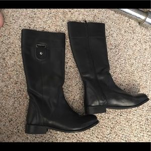 EUC Black faux leather boots 6